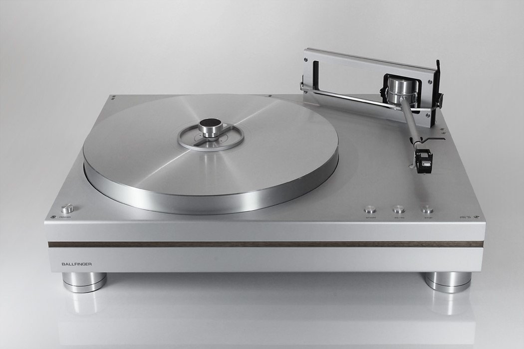 Turntable_PS2_Front.jpg