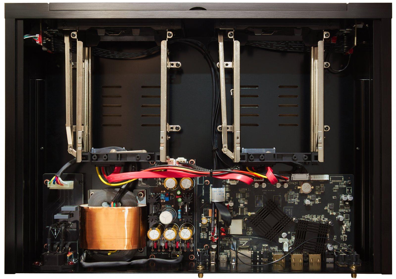 zappiti-pro-4k-hdr-inside-4656x3275.jpg