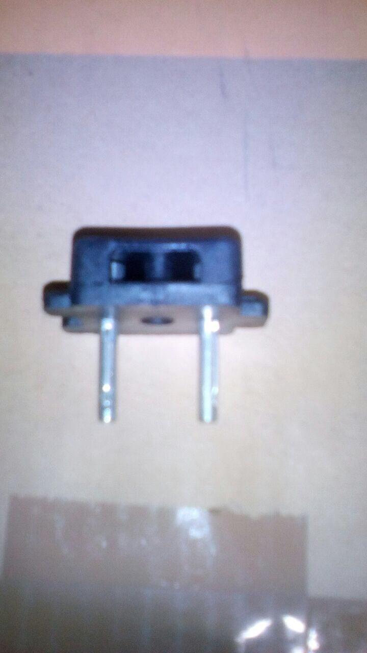 1377959578_SpeakerPlug_4mm.jpg.5a968cd131a4ddf68288e76f616aa267.jpg