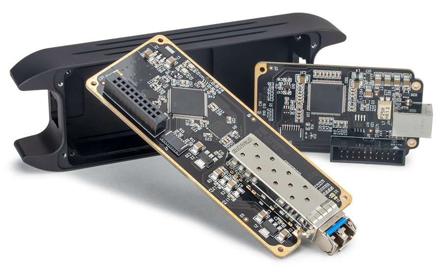 Pro-USB-Disassembled-900px.jpg.a23b7cb7223a6dfb8a33e9243baca68e.jpg