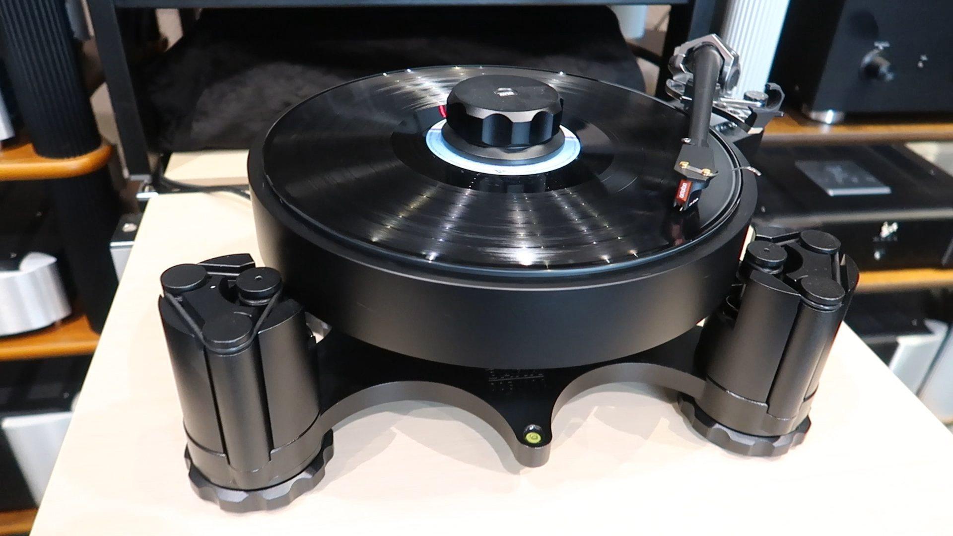 AVID Acutus Dark, обзор проигрывателя виниловых пластинок со звуком