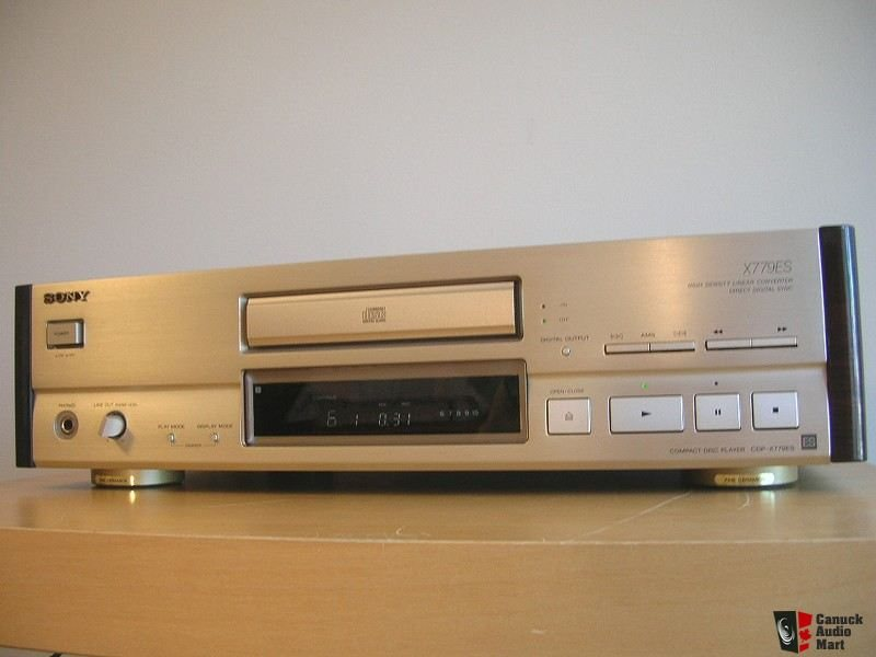 142111-sony_cdpx779es_reference_cd_player_40_lbs_in_rosewood__sonys_masterpiece.jpg.0d60a1ce091b9d324b9e5d8db97299c0.jpg