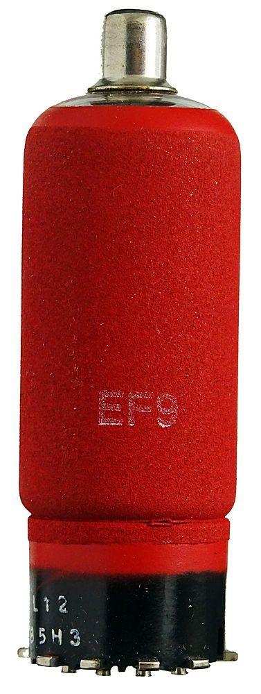EF9-Pentode--Eine-historische-Radioroehre--rot-gefaerbt--ID21692-21692_1 (1).jpeg